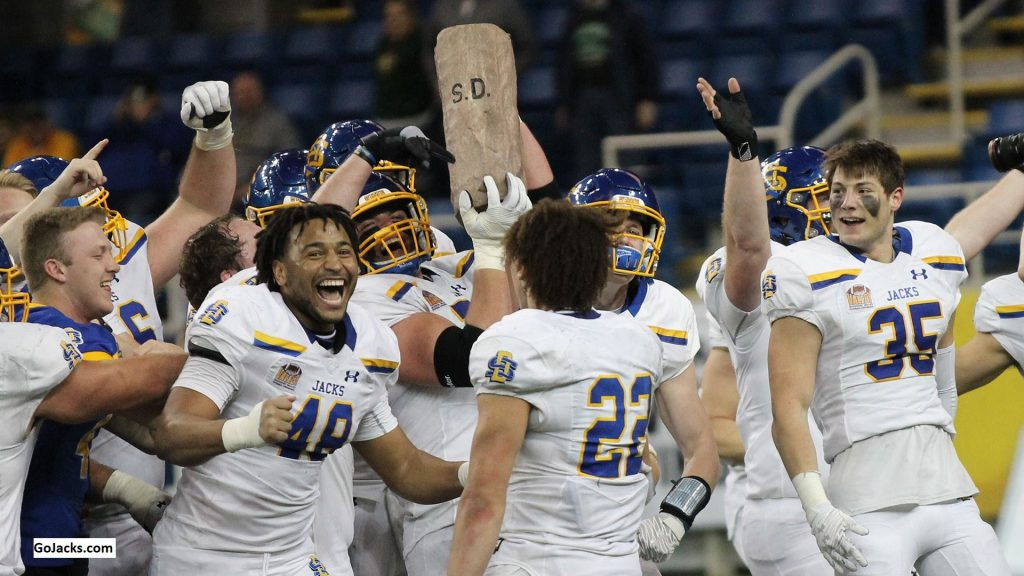 South Dakota State, Four Players Earn Stats Perform FCS Week 10 National Awards